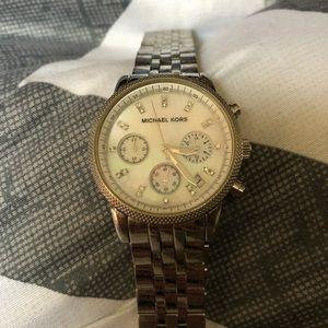 Michael Kors Woman's Watch MK-520 Retail $250
